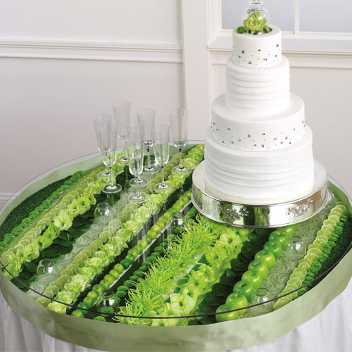 modern-green-wedding-flowers